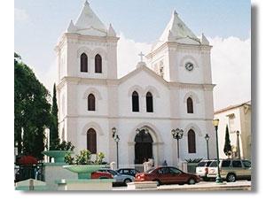 arecibo-iglesia