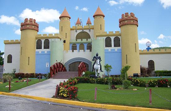 Castillo Mario Mercado