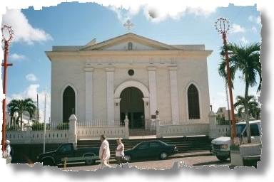 manati iglesia