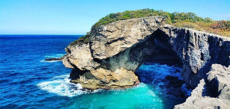 Playa La Cueva Del Indio