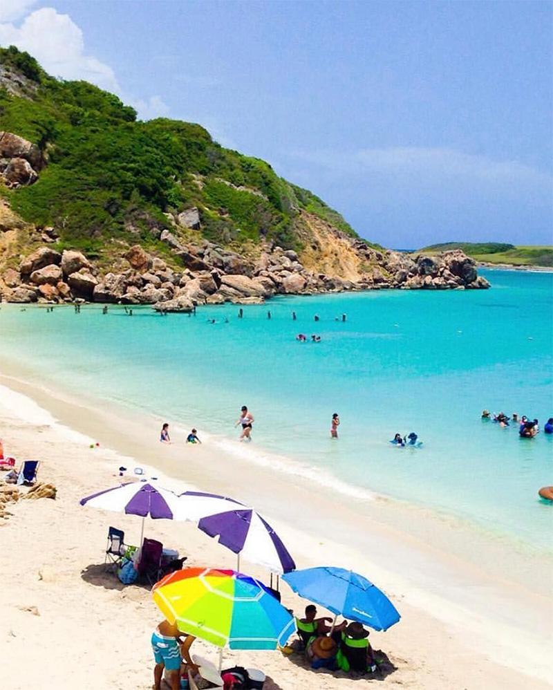 Playa Pelícano